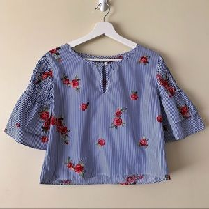 Cropped Blouse with Floral Embroidery